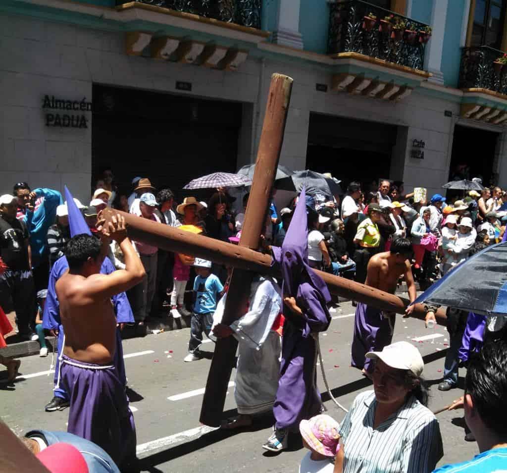 Santa Semana – Easter Procession in Quito