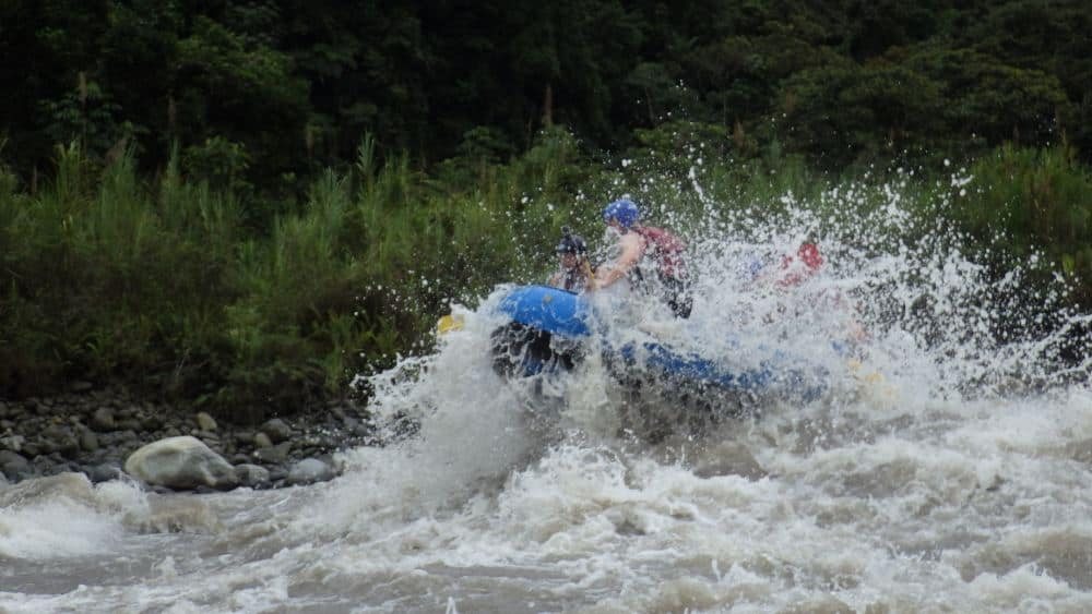 white water rafting banos ecuador