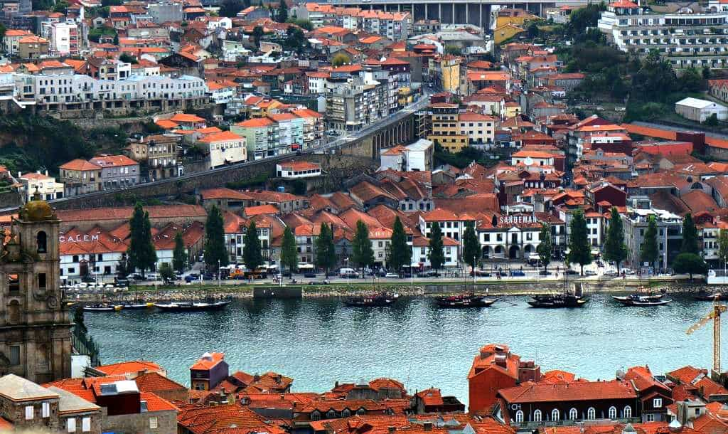10 things to do in porto portugal. Black Bedroom Furniture Sets. Home Design Ideas