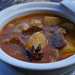 Beef Massaman Curry (Matsaman Curry)