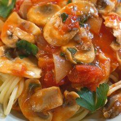 Pasta with Chicken, Tomato, Mushroom and White Truffles