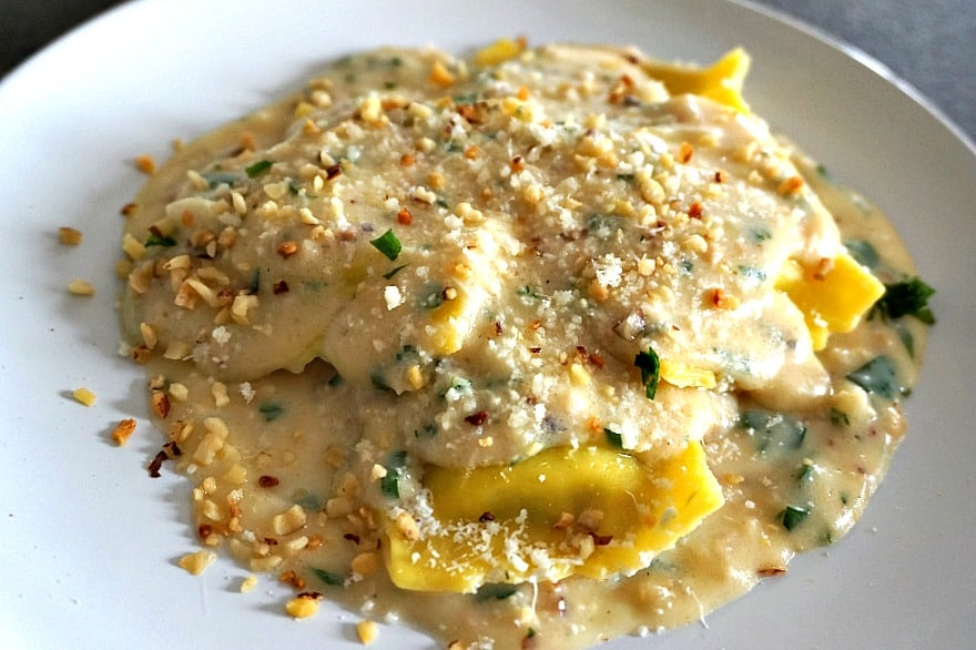 cheese ravioli walnut cream sauce