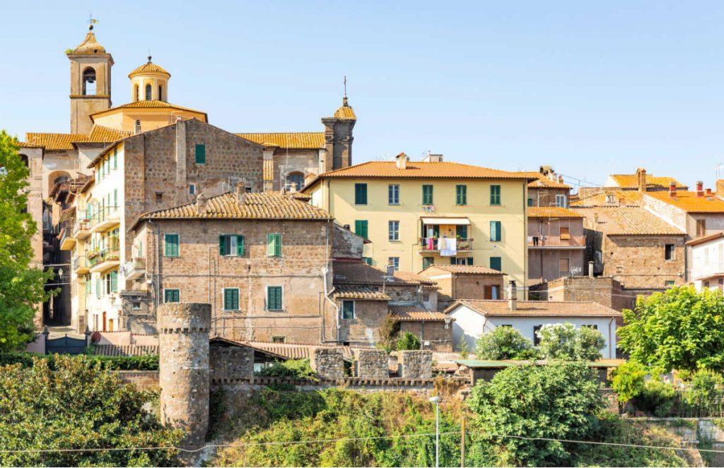 Medieval Italian Towns: Vetralla