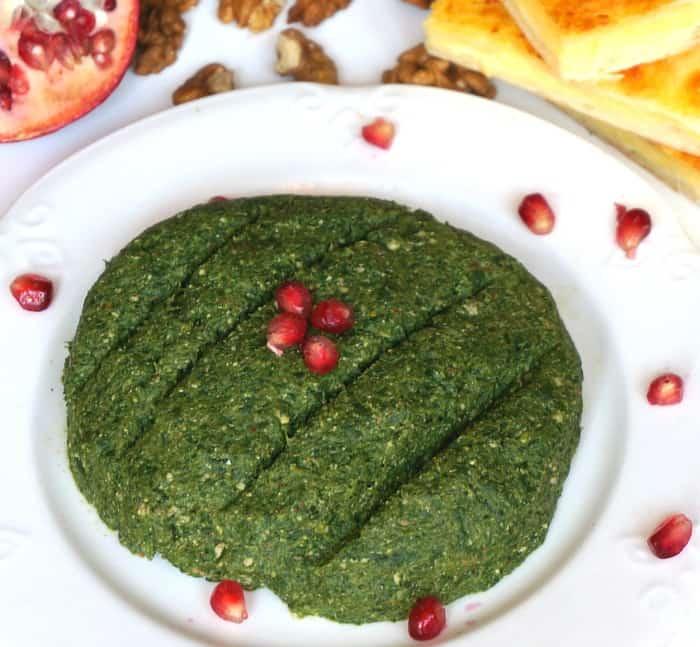 Spinach Salad Pkhali