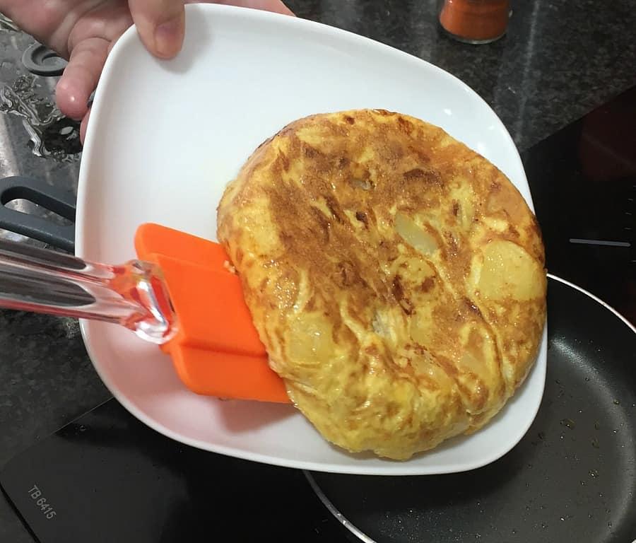 turning tortilla
