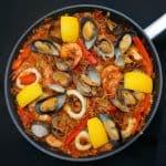 FideuaMarisco Catalana – Seafood Pasta Paella