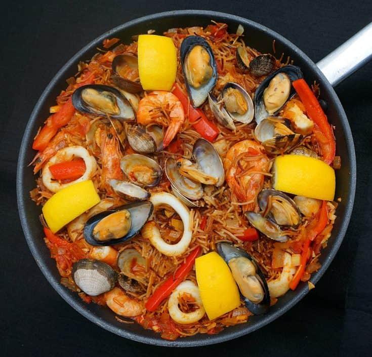 Fideuà Marisco Catalana - Seafood Pasta Paella
