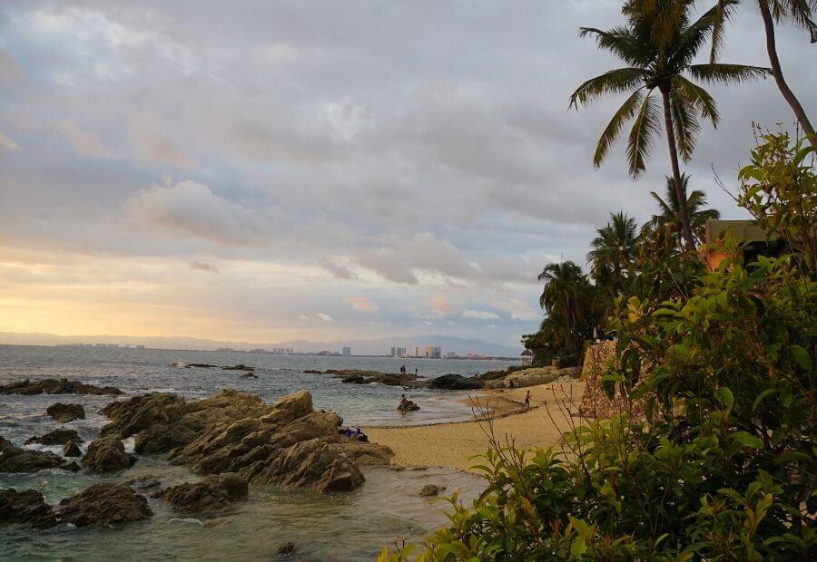 Beaches in Puerto Vallarta: Conchas Chinas Beach
