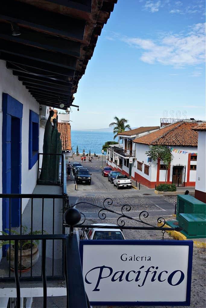 Puerto Vallarta Free Gallery Tour