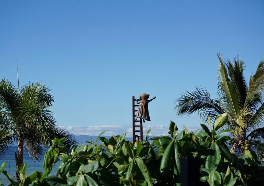 Statue along PV Malecon