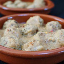 Albondigas con Salsa de Almendras – Spanish Tapas Meatballs